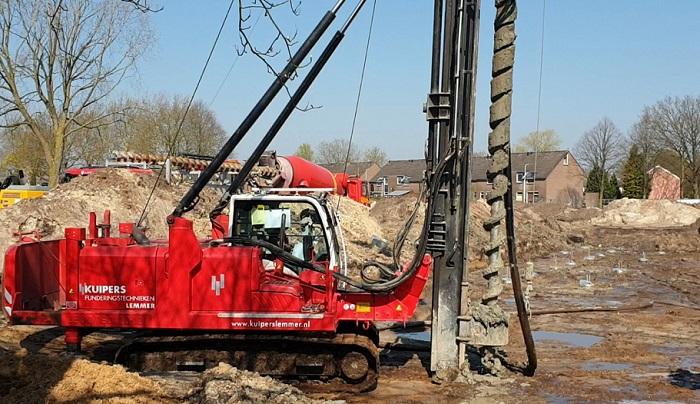 382a921916b Honderden funderingspalen geboord bij nieuwbouw Actium (video ...