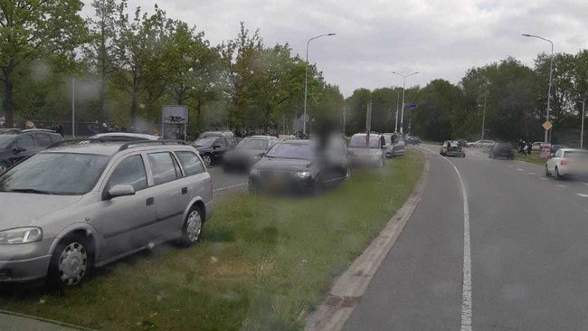 cc00e71a882 Politie Assen deelt massaal boetes uit voor foutparkeerders  Bevrijdingsfestival