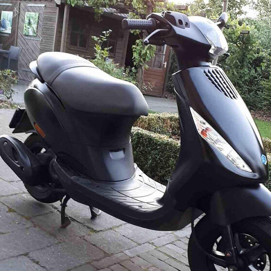 Gestolen scooter in Kloosterveen gezocht - Assen Stad