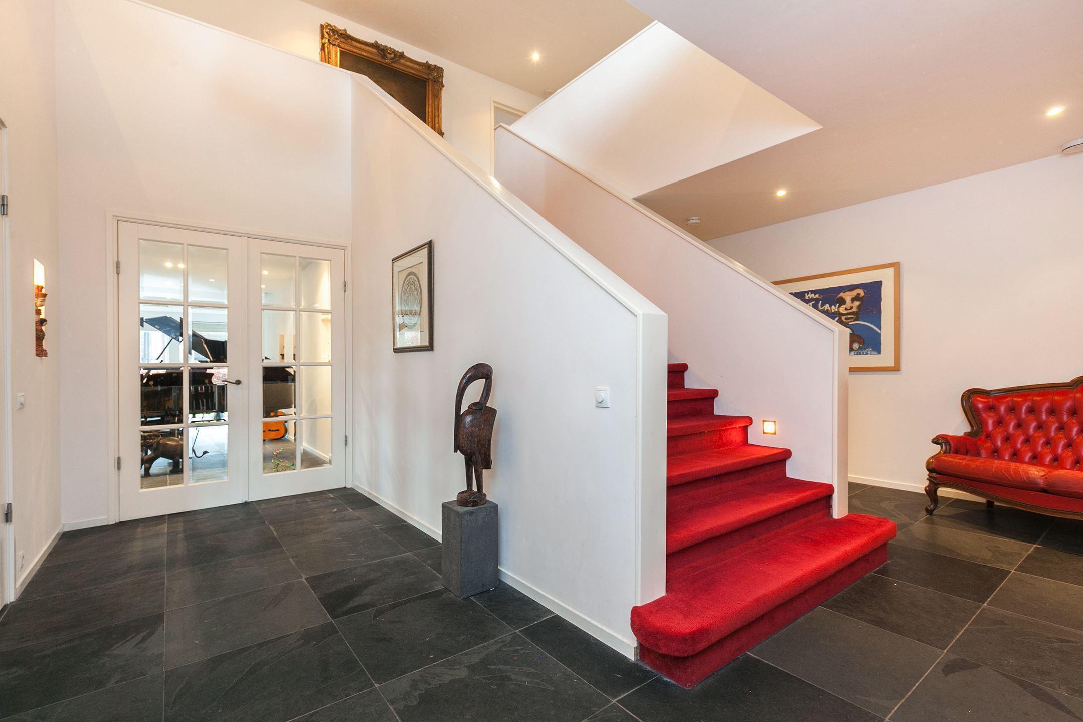 Te koop in assen riante villa met dubbele garage for Funda dubbele bewoning