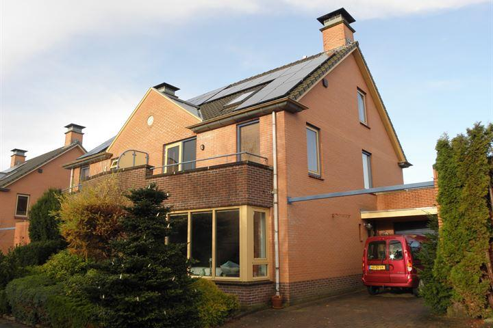 Assen stad nieuws website te koop in assen royaal helft for Dubbel woonhuis te koop
